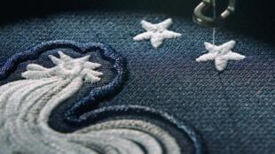 耐克公司在网上刊登法国队拥有两颗星的新版球衣广告