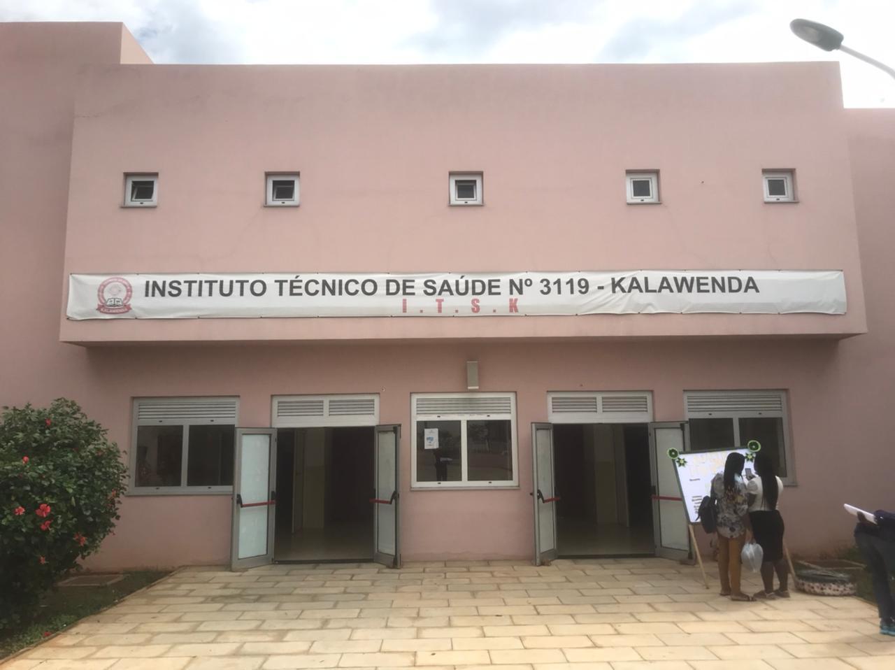 Instituto Tecnico de Saúde do bairro Kalawenda no Cazenga, em Luanda