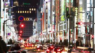 图为日本东京银座夜景