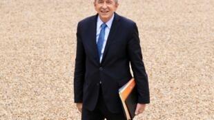 Глава МВД Франции Жерар Коллон объявил о предотвращении 20 терактов в 2017 году