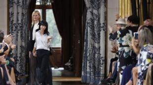 A francesa Bouchra Jarrar estreou à frente da maison Lanvin