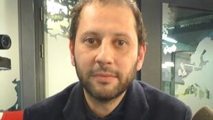 Camilo Restrepo en los estudios de RFI