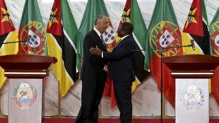 Marcelo Rebelo de Sousa, presidente português, e Filipe Nyusi, presidente moçambicano.