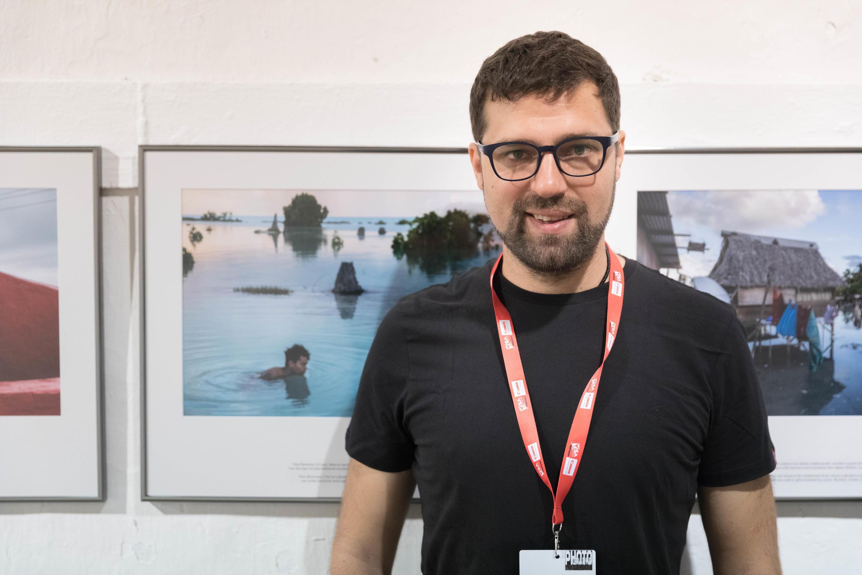 Le photographe Vlad Sokhin à Visa pour l'image à Perpignan, le 7 septembre 2017.