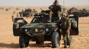 Opération militaire française au Mali, le 17 février 2013.