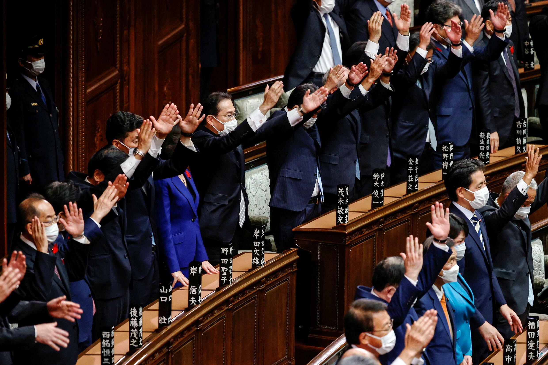 2021-10-14T053705Z_972273431_RC2G9Q9JGCAQ_RTRMADP_3_JAPAN-ELECTION