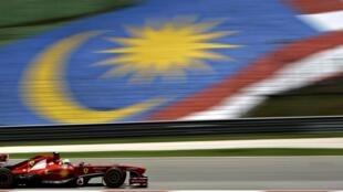 O brasileiro Felipe Massa, da Ferrari, durante treino para o GP da Malásia, neste sábado, 23 de março.