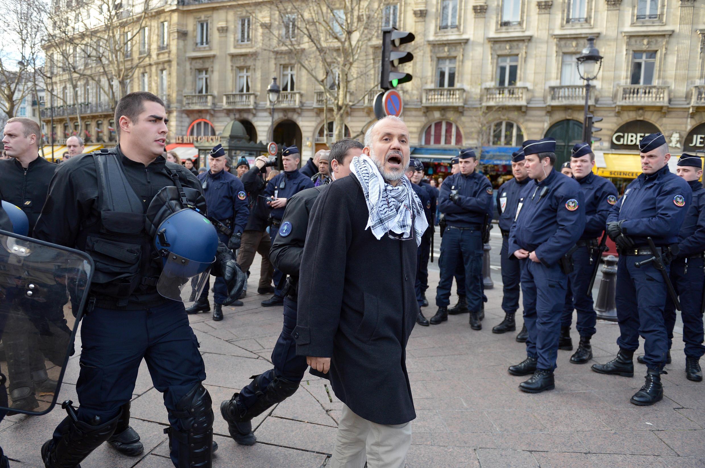 Исламистский активист Абдельаким Сефриуи задержан по делу об убийстве учителя под Парижем (фото от 2012 года)