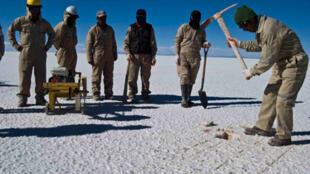 Explotación de litio en el desierto de Uyuni, en el sur de Bolivia.
