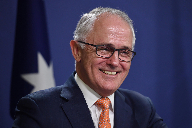 Primeiro ministro da Austrália, Malcolm Turnbull, todo sorridente, anunciando a 10 de julho a vitória do seu partido nas legislativas de 2 de julho.