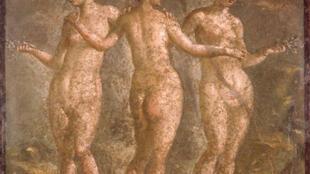 Три Музы. Фрагмент фрески. Дом Titus Dentatius Panthera. Помпеи (54-68 гг. н.э.)