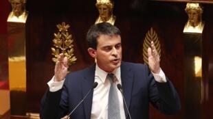 Manuel Valls devant les députés mardi 8 avril pour son discours de politique générale avant le vote d'investiture.