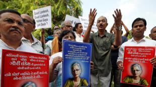 Акция памяти и протеста на следующий день после убийства журналистки Гаури Ланкеш. 06.09.2017. Бангалор, Индия