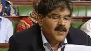 Imagem de TV do deputado Mohamed Brahmi durante intervenção no dia 22 de outubro de 2012.