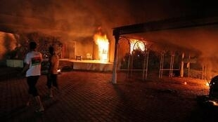 Manifestantes atacaram o consulado americano de Benghazi, na Líbia, na noite de terça-feira, onze de setembro.