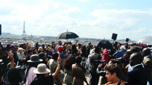 Parade « Africa Now » sur le toit des Galeries Lafayette à Paris.