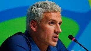 O nadador Ryan Lochte pediu desculpar por inventar assalto