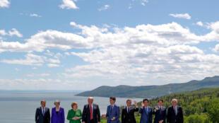 سران هفت کشور ثروتمند به اضافۀ روسای شورا و کمیسیون اتحادیه اروپا