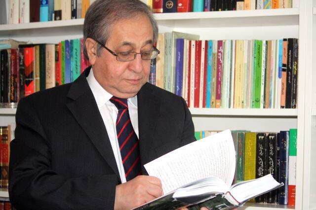 حسن شریعتمداری، کارشناس و فعال سیاسی مقیم آلمان