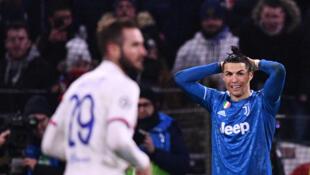 Cristiano Ronaldo (direita), avançado português da Juventus.