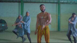 Capture d'écran du clip de «This is Nigeria», de Falz.