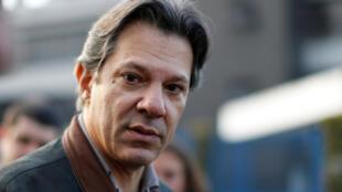 Fernando Haddad, cựu bộ trưởng Giáo Dục, có thể sẽ thay thế ông Lula, ra tranh cử tổng thống.