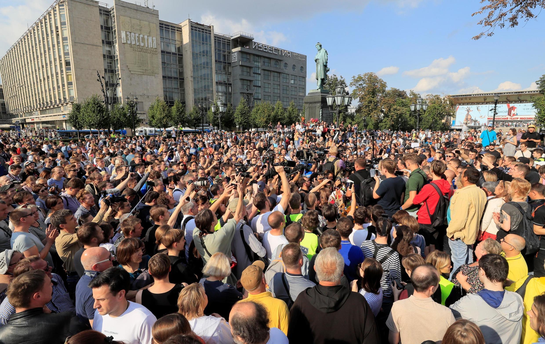 Protestos reuniram milhares em Moscou, 31 de agosto de 2019.
