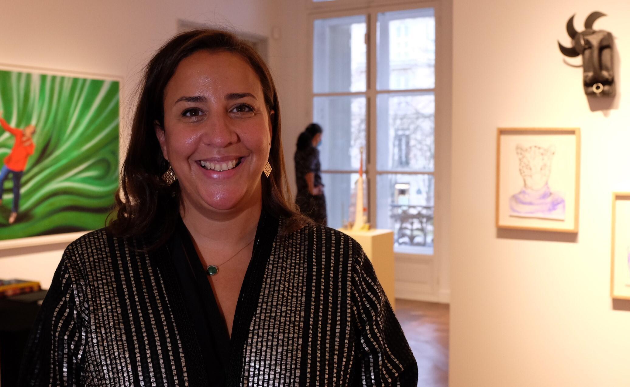 Touria El Glaoui, fondatrice et directrice de la foire dédiée à l'art contemporain africain et sa diaspora, 1-54, ici à l'édition 2021 de Paris.  © Siegfried Forster / RFI