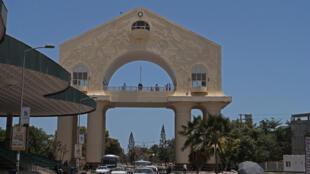 Construite pour près d'un million d'euros en 1996, l'Arch 22 nécessite de gros investissements pour effacer les traces du passé.