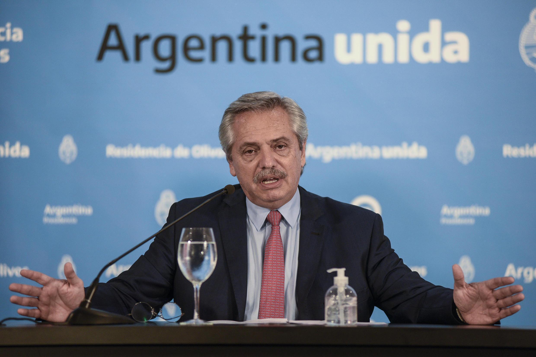 O presidente argentino Alberto Fernández durante um pronunciamento em 29/03/2020.