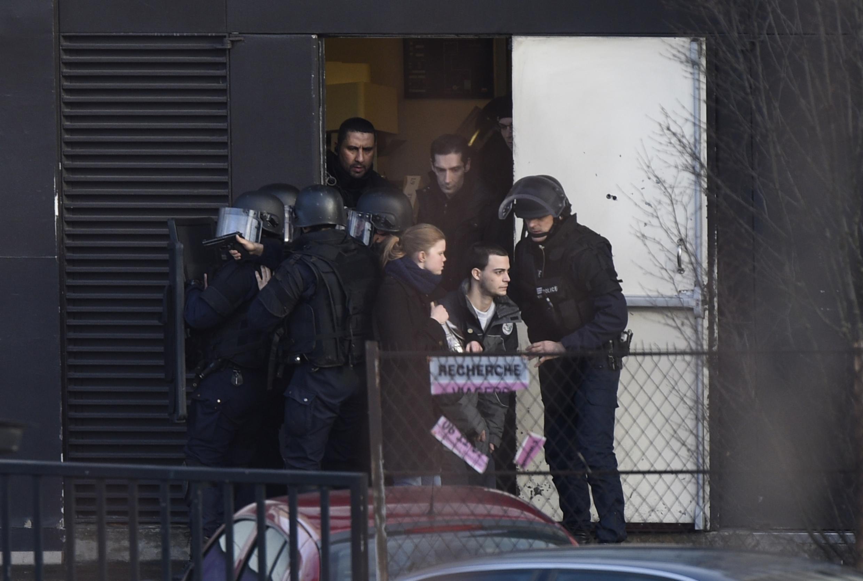 Plusieurs otages ont été libérés par les forces spéciales du Raid après l'assaut mené dans un supermarché casher porte de Vincennes.