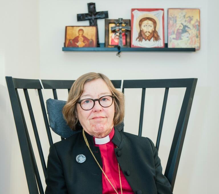 法广存档图片:瑞典基督教路德宗斯德哥尔摩主教Eva Brunne, 摄于2016年2月5日。 Image d'archive RFI : Eva Brunne, évêque de Stockholm, photographiée dans son bureau de la capitale suédoise le 5 février 2016