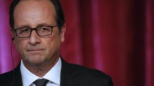 French President Francois Hollande, at the Elysee Palace in Paris, 9 September 2014.