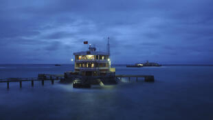 Đảo Đá Tây, quần đảo Trường Sa, Biển Đông