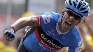 """Дэвид Миллар - победитель 12-го этапа """"Тур де Франс"""" 13 июля 2012."""