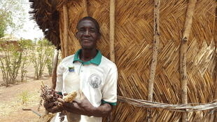 Théodore Nabaloum, producteur agroécologiste de Korsimoro, dans le nord du Burkina Faso. Comme lui, une centaine d'agriculteurs de cette commune se sont convertis au bio.