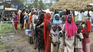 Refugees arrives at the Gendrassa camp in Maban, Upper Nile State, South Sudan, on the border with Sudan, 1 August, 2012