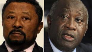 O Presidente da  Comissão  da União Africana Jean Ping ( à  esquerda ) e o  Presidente cessante  da Costa do Marfim, Laurent Gbagbo (D)