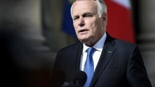 Жан-Марк Эро: Франция сделает все для того, чтобы виновные за химическую атаку ответили перед судом