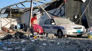 Trại tạm giữ người nhập cư Tajoura gần thủ đô Tripoli sau vụ không kích ngày 03/07/2019.