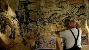 Image extraite du film «Quand homo-sapiens faisait son cinéma».