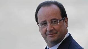 Le président de la République François Hollande, lors de son interview télévisée dans les jardins de l'Elysée, le 14 juillet 2013.