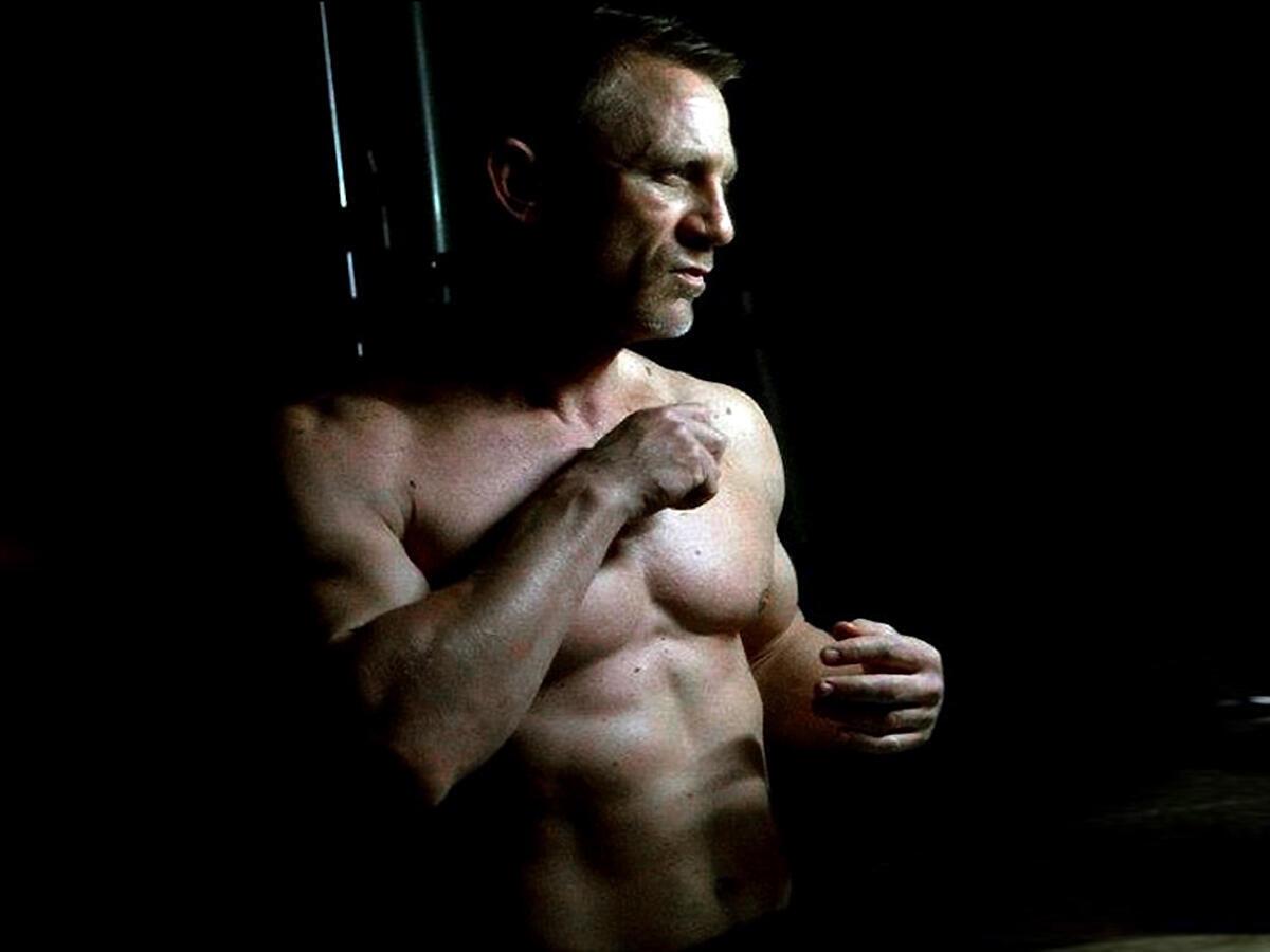 Diễn viên Daniel Craig trong bộ phim Skyfall (DR)