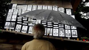 Год спустя после войны. Фотографии погибших в Цхинвале. 08/08/2009