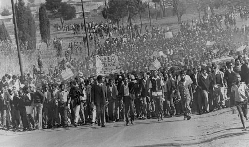 Manifestation à Soweto, en août 1976.