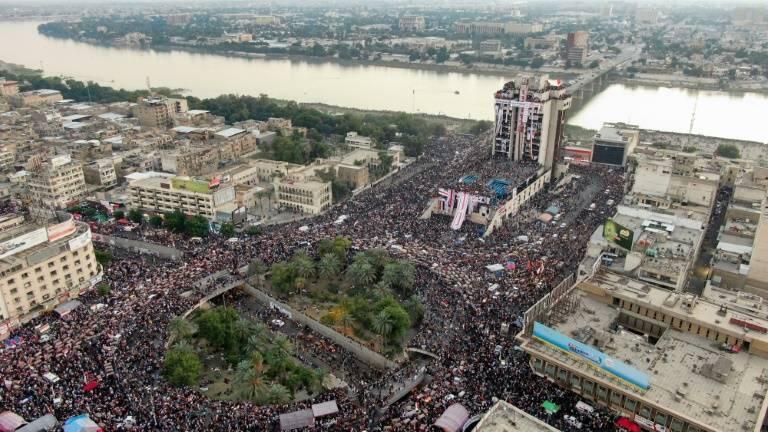 تصویری از تظاهرات مردم عراق در میدان تحریر بغداد، ۲ نوامبر ۲۰۱۹