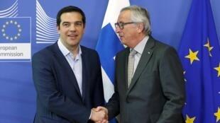 Le Premier ministre grec Alexis Tsipras et le président de la Commission européenne Jean-Claude Juncker, à Bruxelles, le 3 juin 2015.