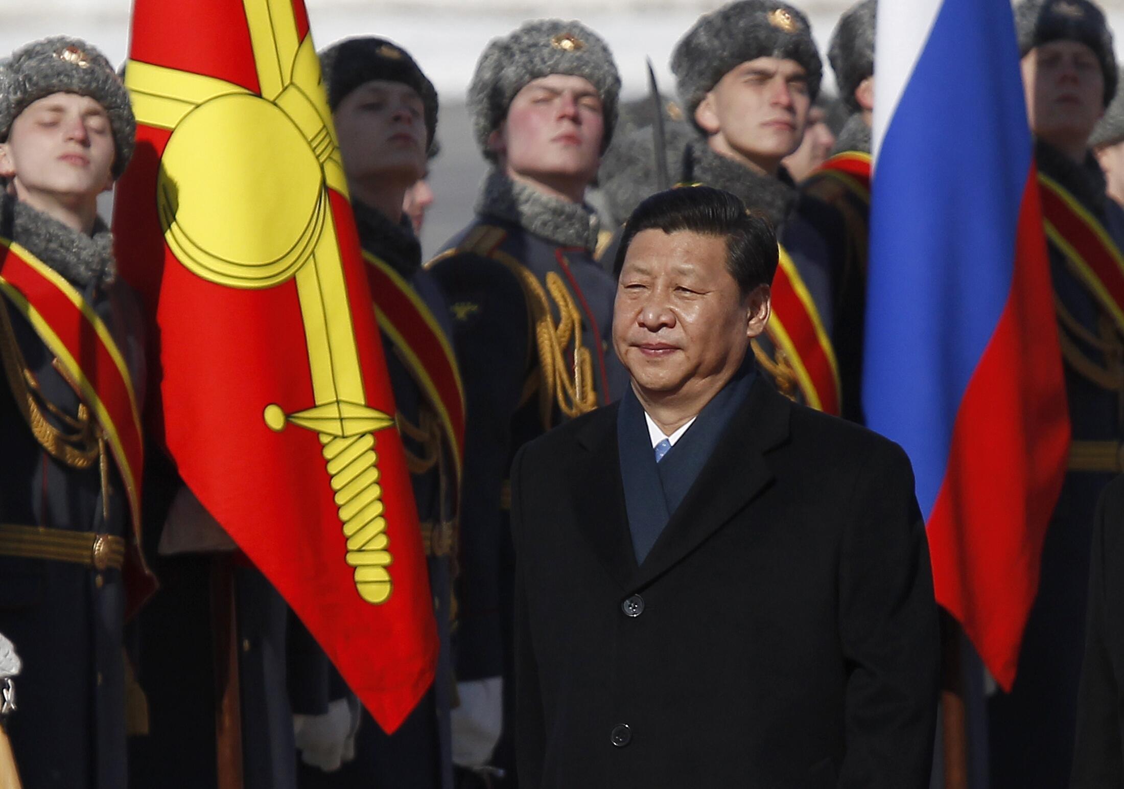 O novo presidente chinês, Xi Jinping, desembarcou em Moscou nesta sexta-feira, 22 de março de 2013, para sua primeira visita oficial ao exterior.