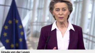 Ursula von der Leyen habla durante su intervención por videoconferencia en el Foro Económico Mundial, una imagen tomada el 26 de enero de 2021 en Davos (Suiza)