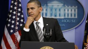 2010年12月7日美國總統奧巴馬出席白宮新聞會。